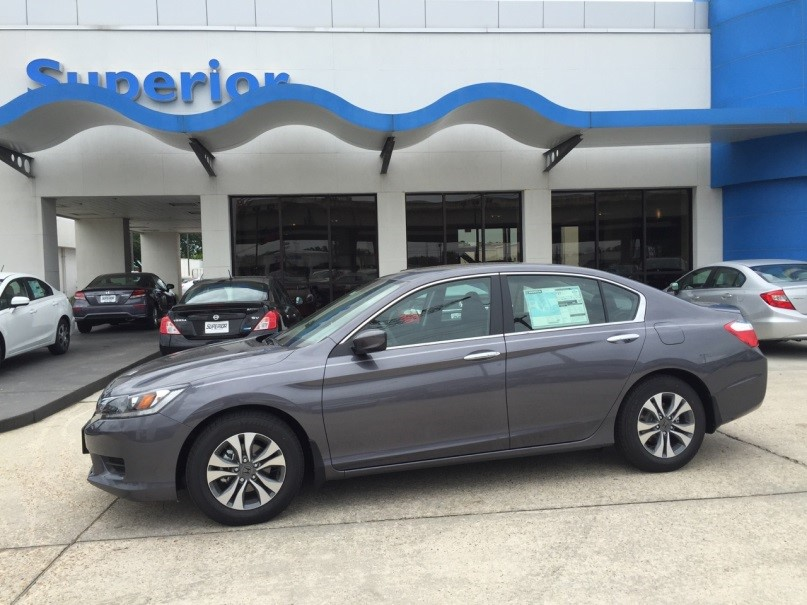 2014_Honda_Accord_LX_1058877